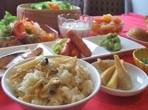 春アサリと筍の炊き込みご飯、地元産筍の土佐煮、他多数
