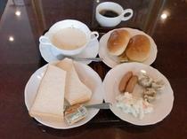 朝食取り合わせ 例 洋