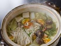 なしふぐの寄せ鍋は恵比須屋の冬の名物