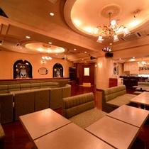 *クラブ鹿鳴館/ゆったり大人の時間を過ごす最適な空間。