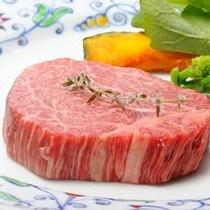 オススメ!「山形牛ヒレステーキ」 1度食べたら忘れられない月岡ホテル自慢の1品!