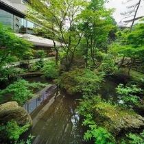 上山城外濠跡の日本庭園 四季が移ろう山形の風情