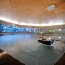 大浴場夕鶴「さくらんぼの湯」 美肌効果の高い優しいお湯が、お肌を包み込みます