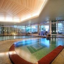 大浴場「夕鶴」 湧き出る自然の化粧水でお肌もツルツルに