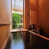 特別室<仙渓園 萩> プライベート温泉浴が楽しめる桧風呂