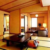 広々とした特別室。座り心地の良いソファーも備えています。