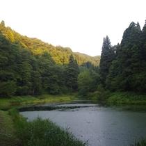 湯涌のパワースポット「玉泉湖」
