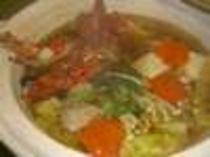 伊勢海老鍋は、味噌仕立てか、醤油仕立てから味付けチョイスOK