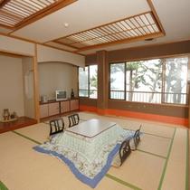 海側和室12-16畳(冬)