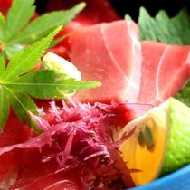 【昼食】マグロ丼