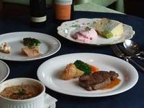 旬の素材を使った欧風コース料理 お箸でお気軽にお召し上がり下さい