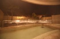 露天風呂(冬夜)