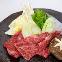 *お食事一例/海の幸だけではなく、おいしいお肉もご用意致しております。