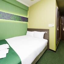 6・7・8階カップルセミダブルベッドルーム