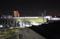 当ホテルより愛知環状鉄道・新上挙母駅を望む2