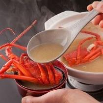 【朝食】海一望の部屋で伊勢海老の味噌汁を味わう朝食を