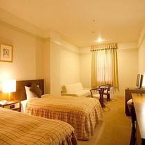 *【客室例】のびのびとお寛ぎ頂ける空間となっております。