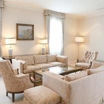 *【客室一例】上質な空間で、癒しのひと時をお過ごし下さい。