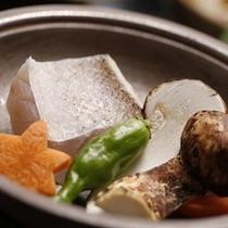 甘鯛と松茸の陶板焼き