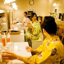 ■女性パウダールーム