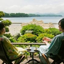 ■喫茶ルームゆりかごカップルで海を見ながらひと時