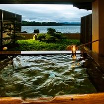 ■露天風呂【夕日の湯】萩温泉・男女入替あり