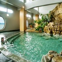 ■天然大岩風呂【海鳴の湯】国内でも珍しい海上大岩風呂は圧巻男女入替あり