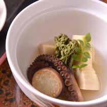【ご夕食(煮物)】家庭的な味わいのある京料理(一例)