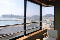 海の見える部屋【8畳・10畳】