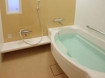 全室洗い場付のバスルームをご用意
