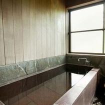 客室【白露】源泉かけ流し内風呂