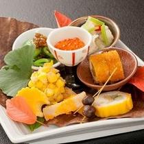 季節の料理<前菜盛り>