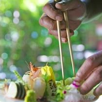 地元の旬の食材を吟味・自慢の創作料理は絶品!