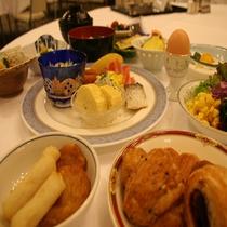 朝食バイキングの例2