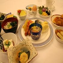 朝食バイキングの例1