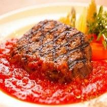 お昼のランチメニュー:トマトソース