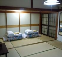 部屋(10畳一例)