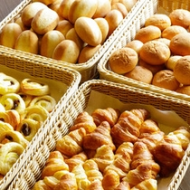【朝食メニュー】パンの種類も豊富