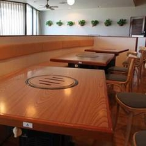 明るい雰囲気のBBQレストラン。ワイワイ仲良くバーベキューを楽しもう★