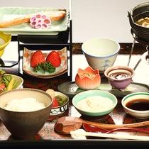 【朝食一例】旅館ならではの和定食の朝ご飯