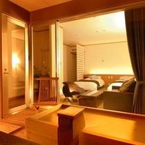 【欧スタイル/バリアフリー洋室ツイン+広緑】窓際には源泉があふれる露天風呂をご用意