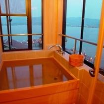 留佳亭客室の展望風呂