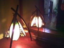 ステンドグラスのライト