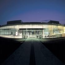 「金沢21世紀美術館」