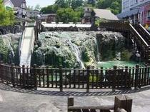 軽井沢から足を延ばせば名湯草津温泉まで車で70分。