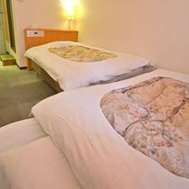 *【プチツイン】シングルルームにエキストラベッドを入れた狭目のツインルーム!価格も魅力です。