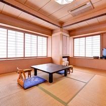 *和室8畳(客室一例)/純和風の客室は気品ある落ち着いた風情。ごゆっくりお寛ぎ下さい。