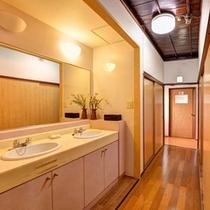 *和室7畳(客室一例)/掃除が行き届いた洗面スペース。
