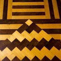 寄木モチーフの床細工