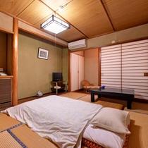 *和室(客室一例)/心和む純和風のお部屋で寛ぎの休日をお過ごしください。